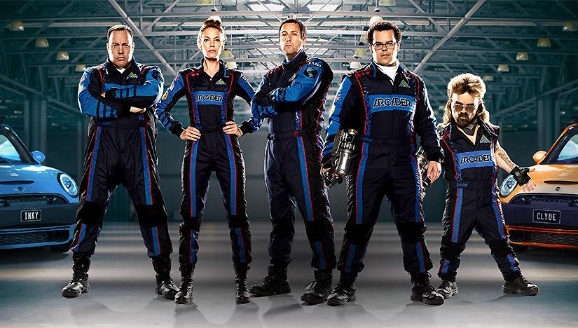 Président Will Cooper (Kevin James), Lt. Col. Violet Van Patten (Michelle Monaghan), Sam Brenner (Adam Sandler), Ludlow Lamonsoff (Josh Gad) et Eddie Plant (Peter Dinklage) sont les Arcader