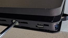 Voici étape par étape, comment changer le disque dur de votre console PS4 Slim