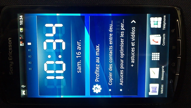 Xperia Play interface